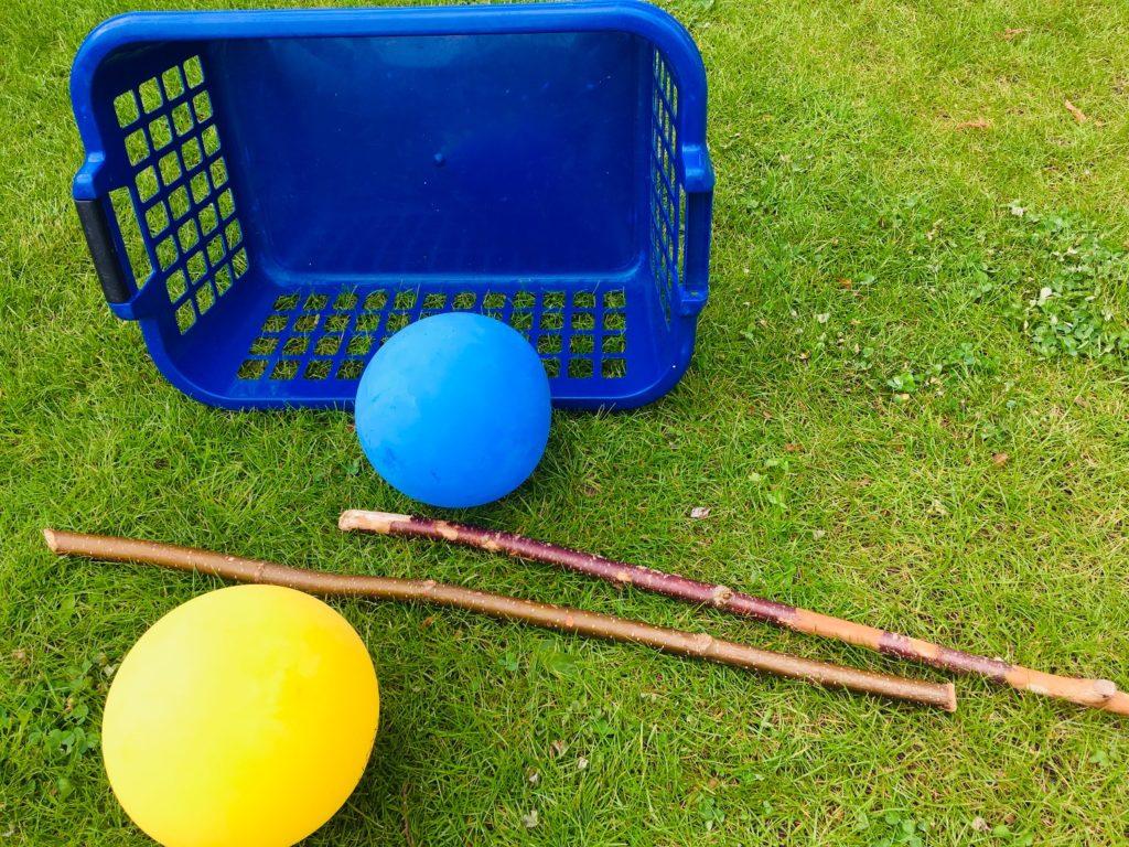 Luftballon-Stockschießen