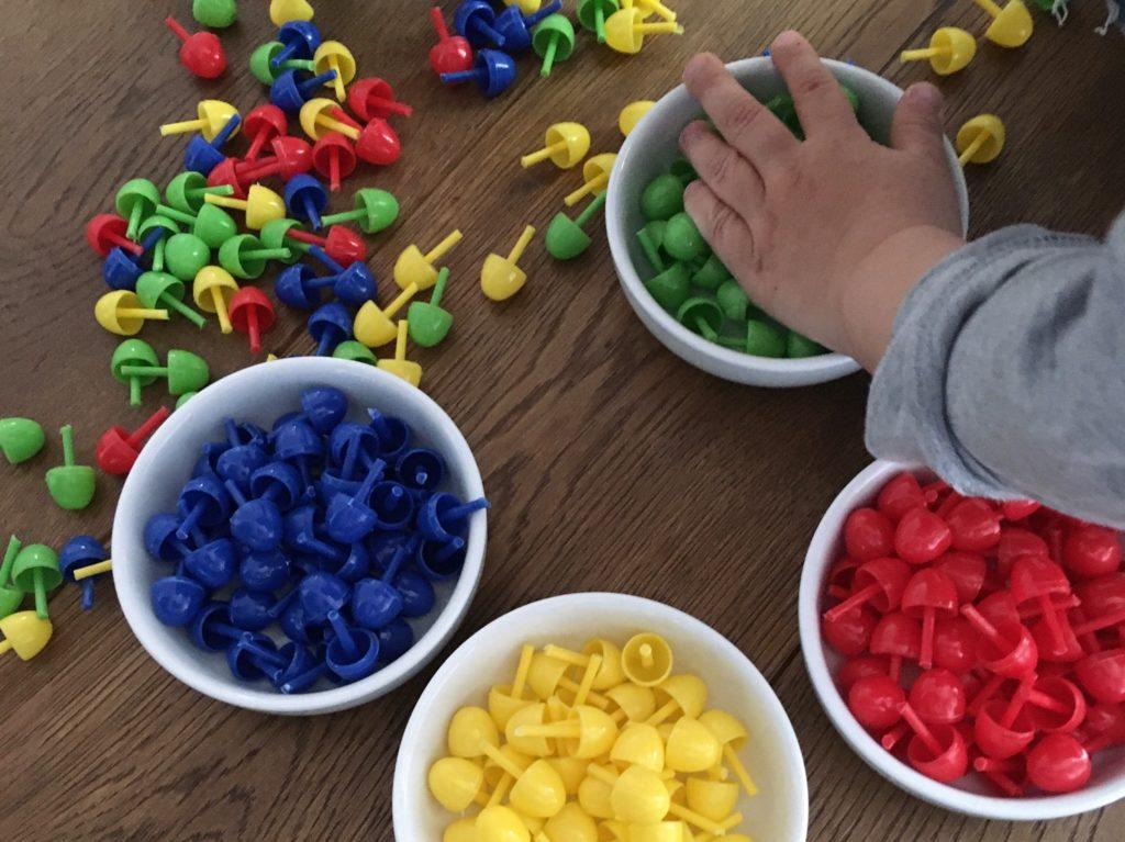Farben lernen – suchen, sortieren & benennen