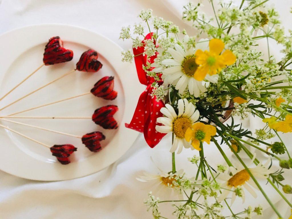 Erdbeer-Herzen mit Schokolade