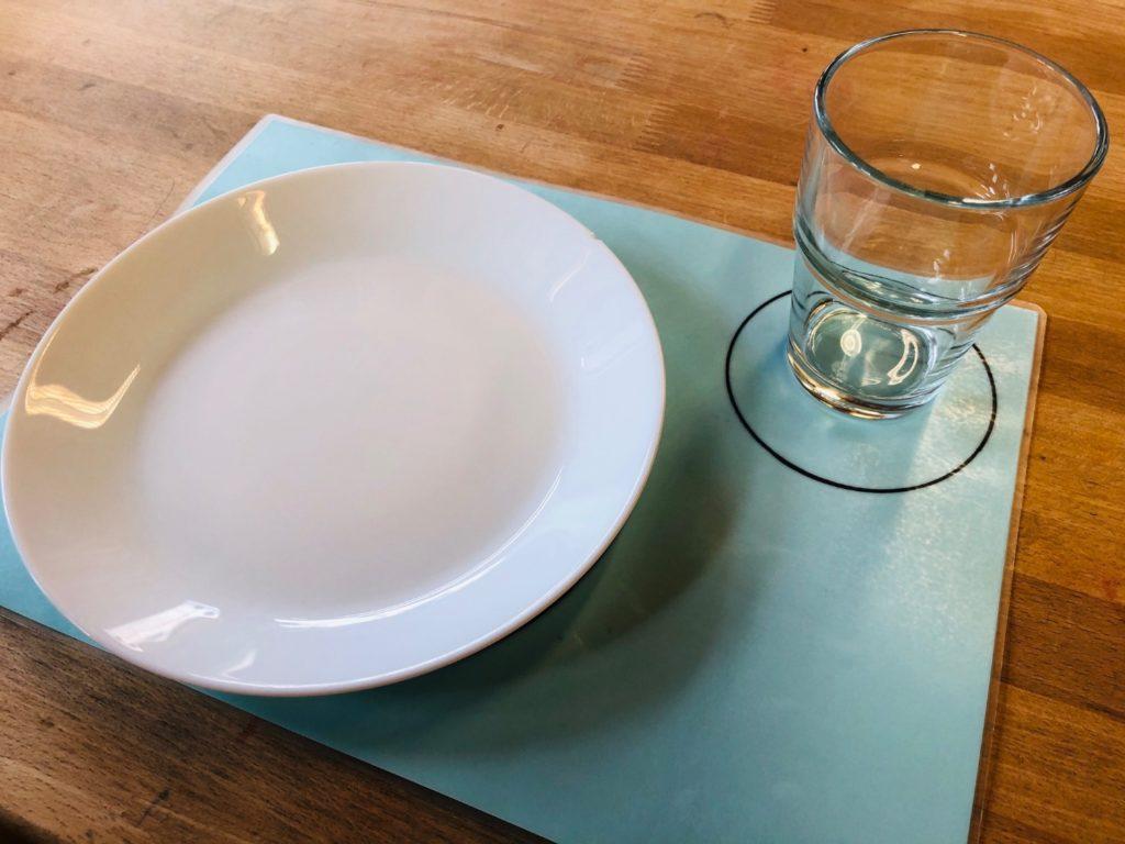 Platzset zum Tischdecken lernen