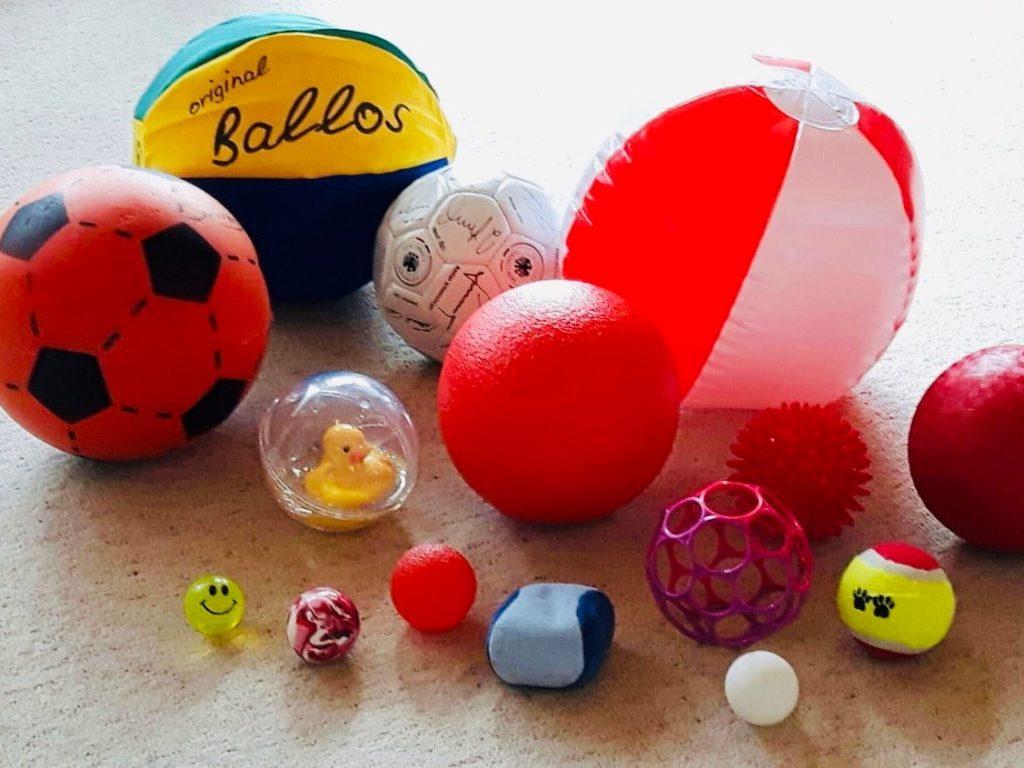 Ballspiele – Werfen und Fangen üben