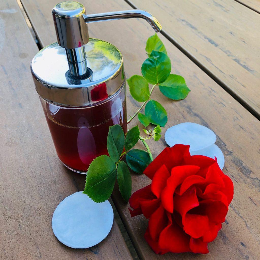 Rosenwasser (selber machen)