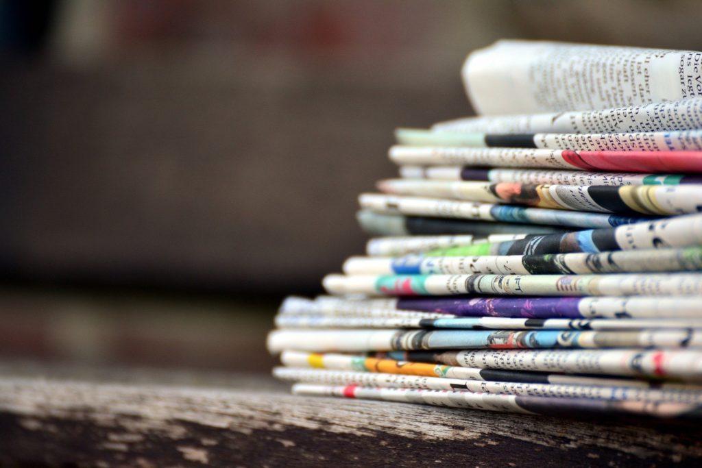 Experimentieren mit Zeitungen