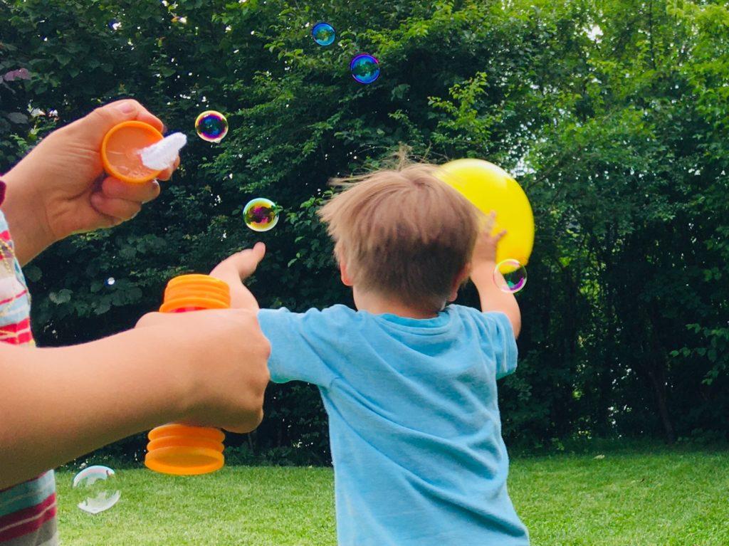 Luftballon-Spiele (5 Ideen)